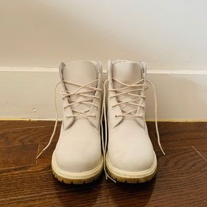 light gray timberland premium waterproof boots